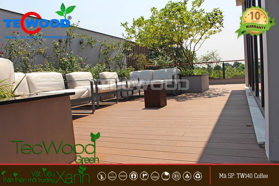 Lót sàn gỗ TecWood cho sân thượng hai nhà mẫu tại Ecopark Grand, Hưng Yên