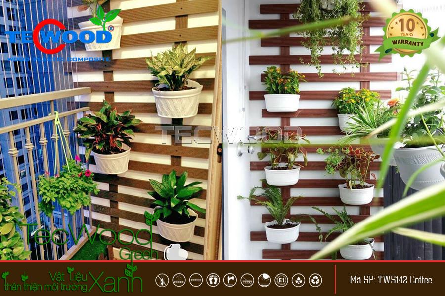 Biến ban công thành khu vườn nhỏ trang trí cho ngôi nhà.